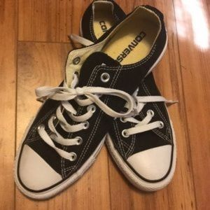 Converse Chuck Taylor All Star Sneakers SZ9